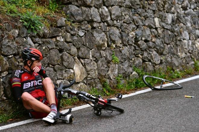 Alessandro Ballan crash Giro di lombardia 2012